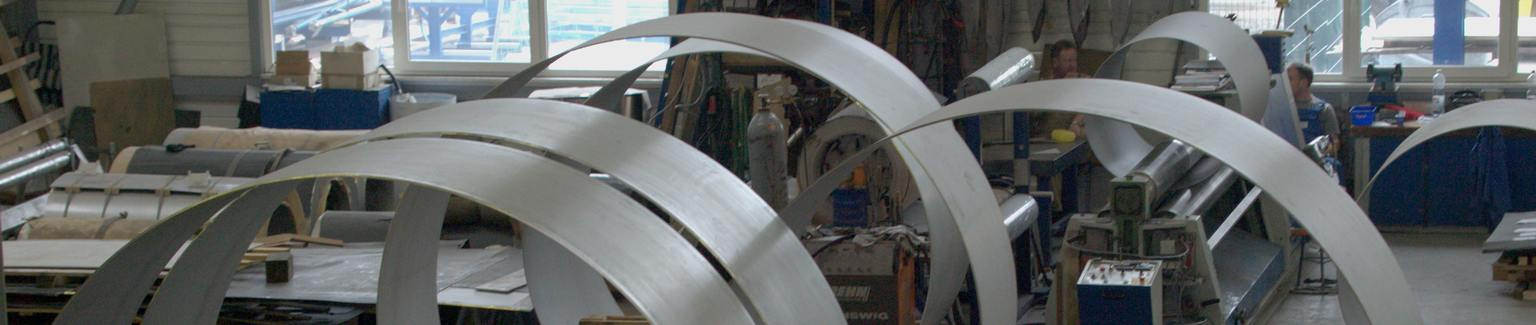 Sheet Metal Forming: Circular Bending, Edge Bending, Border Crimping - AMS Technology GmbH